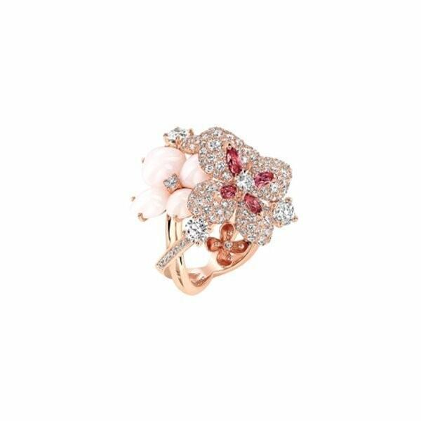 Bague Chaumet Hortensia Aube Rosée en or rose et diamants
