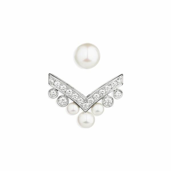 Boucles d'oreilles Chaumet Joséphine Aigrette en or blanc, diamants et perles de culture Akoya