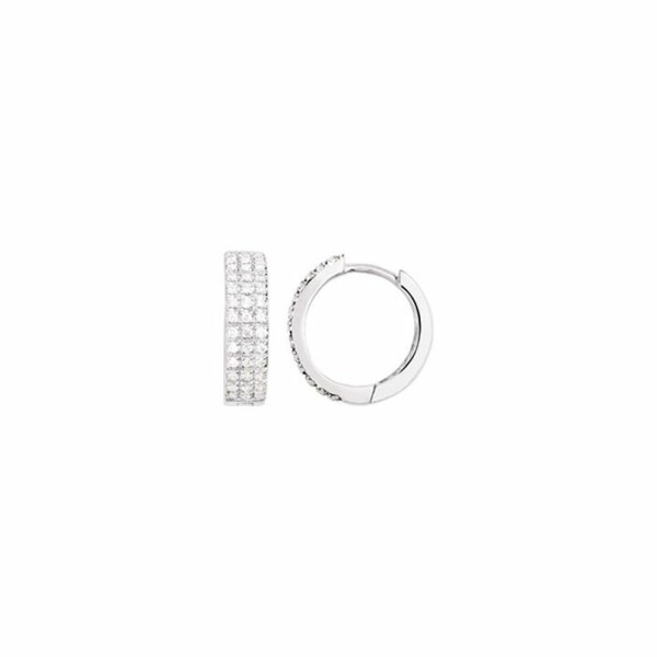 Boucles d'oreilles en or blanc et diamants de 0.25ct