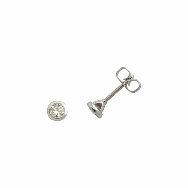 Boucles d'oreilles en or blanc et diamants GVS de 0.20ct