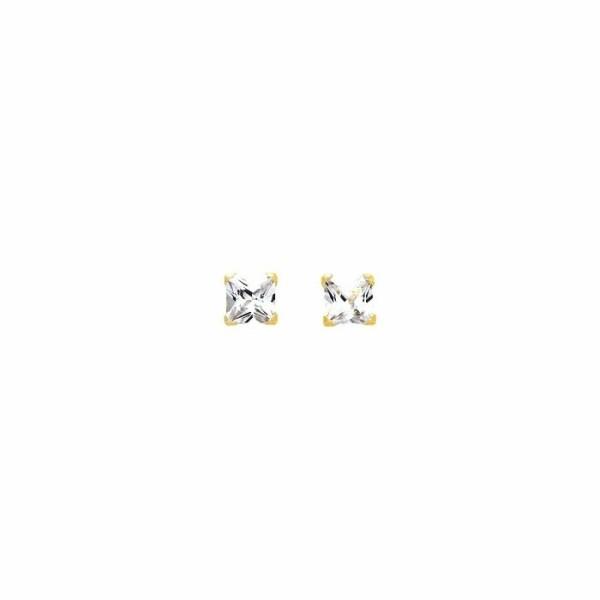 Boucles d'oreilles en or jaune et oxydes de zirconium