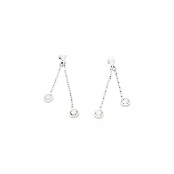 Boucles d'oreillles pendantes en or blanc et oxyde de zirconium