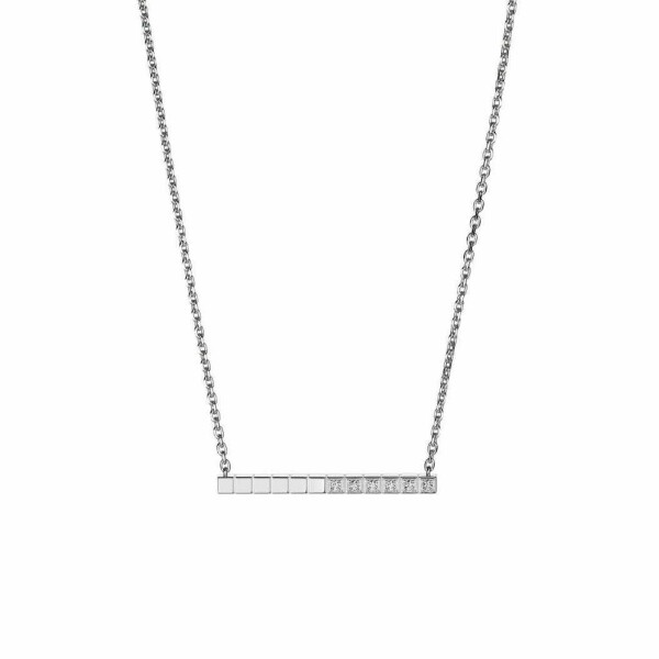 Collier Chopard Ice Cube Pure en or blanc et diamants