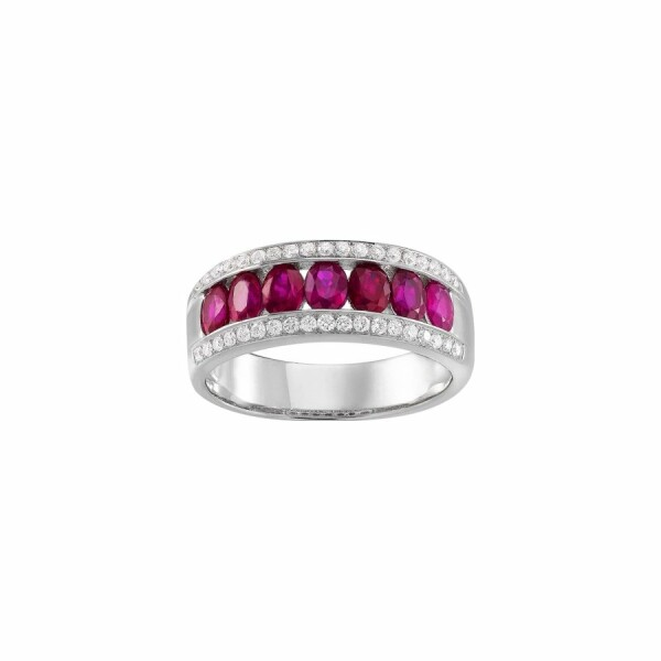 Bague en or blanc, rubis et diamants de 0.26ct