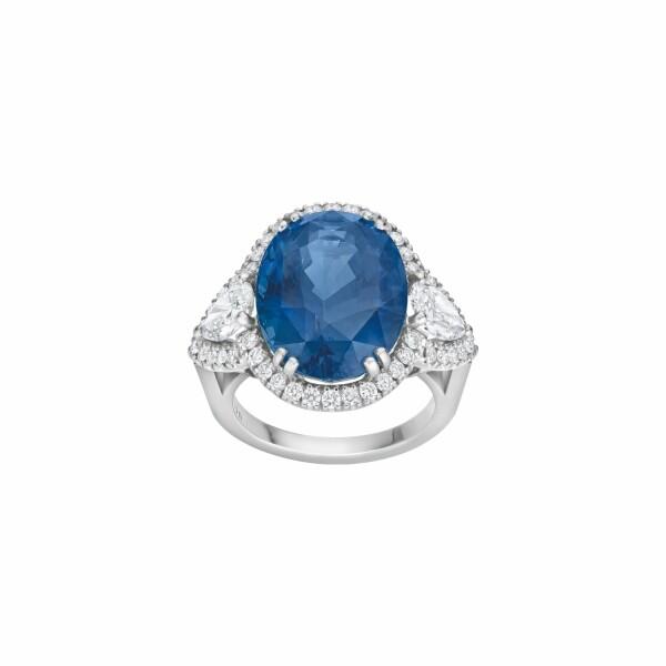 Bague Madame Rose Saphir bleu et diamants en or blanc palladié