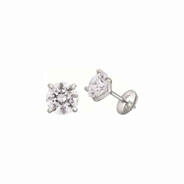 Boucles d'oreilles puces diamants taille brillant sertis 4 griffes en or blanc