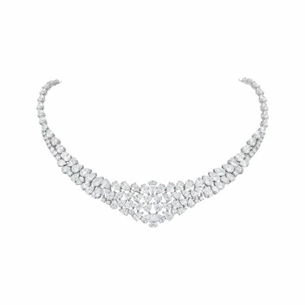 Collier Nuage de diamants tailles poire et brillant en or blanc