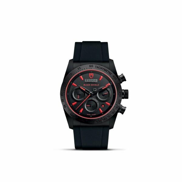 Montre TUDOR Fastrider Black Shield boîtier en céramique, 42mm, bracelet en caoutchouc noir