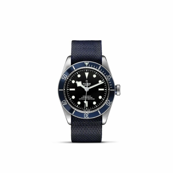 Montre TUDOR Black Bay boîtier en acier, 41mm, bracelet en tissu bleu