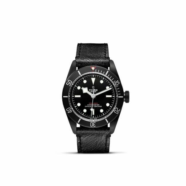 Montre TUDOR Black Bay Dark boîtier en acier traité pvd, 41mm, bracelet en cuir vieilli