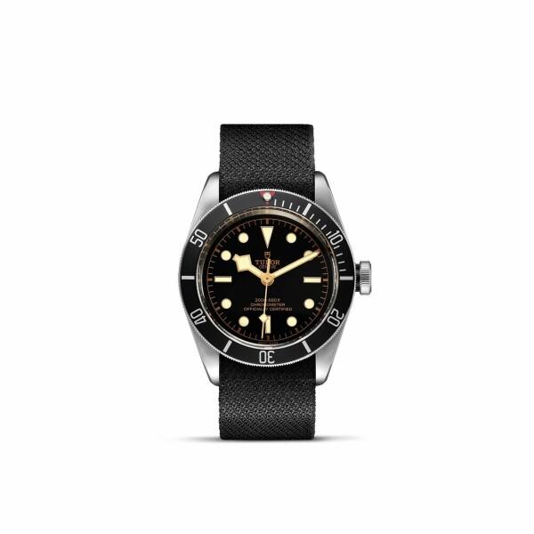Montre TUDOR Black Bay boîtier en acier, 41mm, bracelet en tissu noir