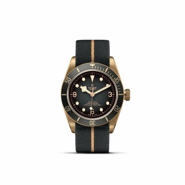 Montre TUDOR Black Bay Bronze boîtier en bronze, 43mm, bracelet en tissu
