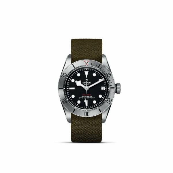 Montre TUDOR Black Bay Steel boîtier en acier, 41mm, bracelet en tissu