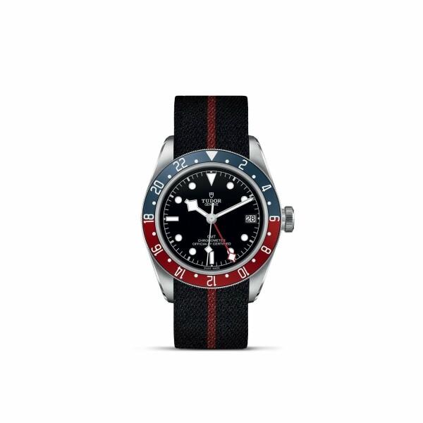 Montre TUDOR Black Bay GMT boîtier en acier, 41mm, bracelet en tissu