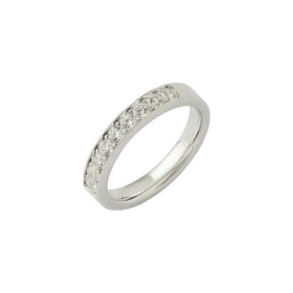 Alliance demi tour en or blanc et diamants de 0.50ct
