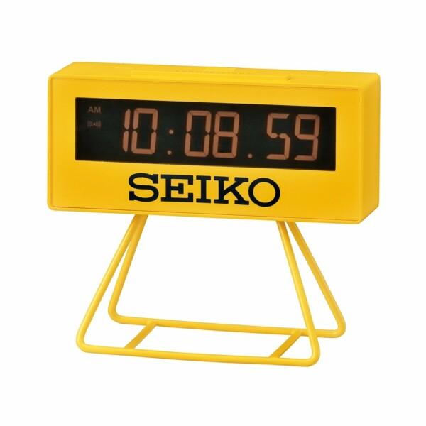 Réveil classique Seiko en plastique QHL062YN
