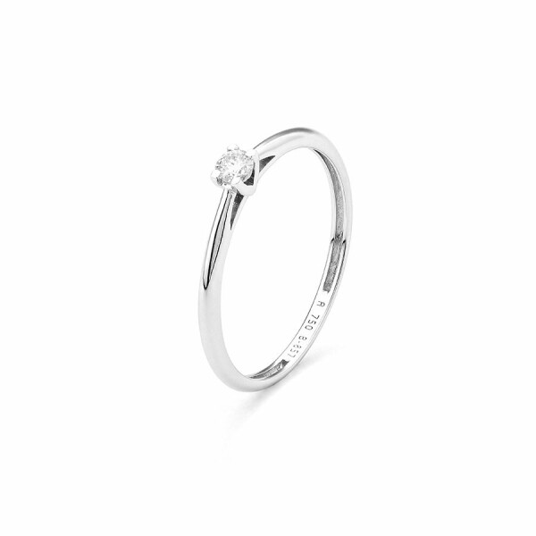 Solitaire en or blanc et diamant de 0.05ct
