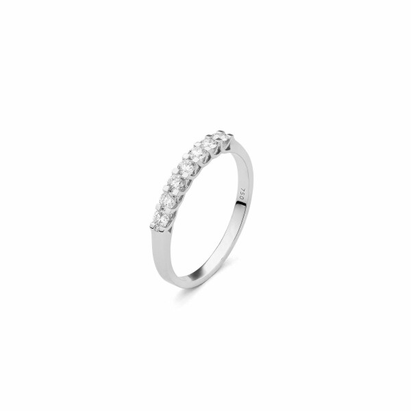 Alliance en or blanc et diamants de 0.5ct