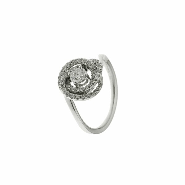 Bague en or blanc et diamants de 0.68ct
