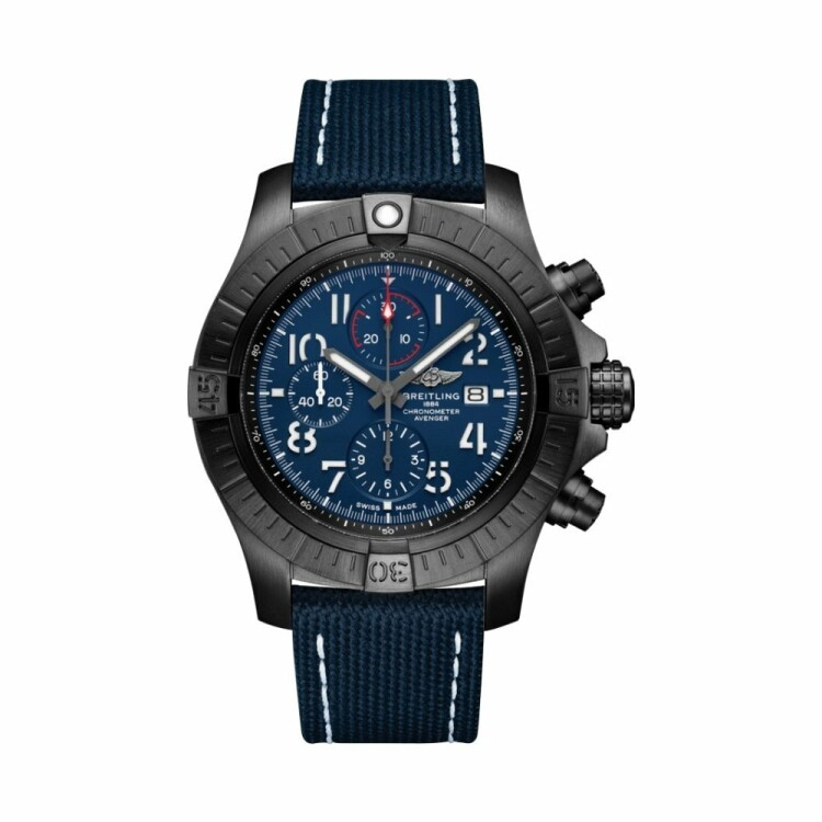Montre Breitling Super Avenger Chronograph 48 Night Mission