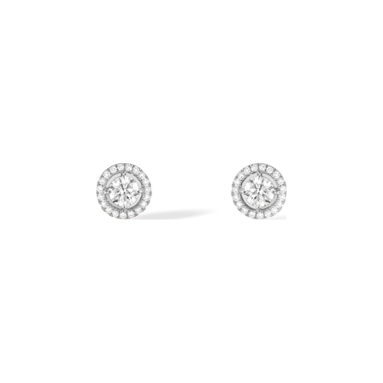 Boucles d'oreilles puces Messika Joy en or blanc et diamants vue 1