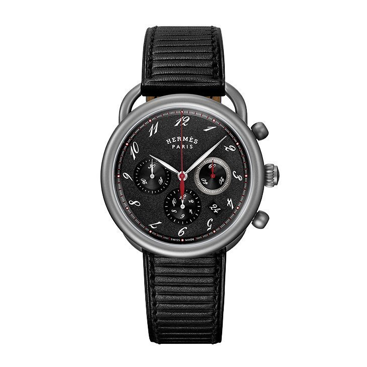 Montre Hermès Arceau Chronographe TGM vue 1