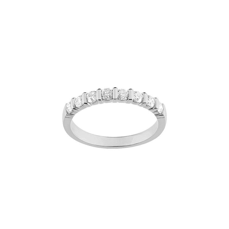 Alliance en or blanc et diamants de 0.50ct vue 1