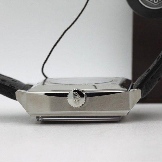 Montre Tag heuer Monaco Chronographe automatique calibre 11 vue 2