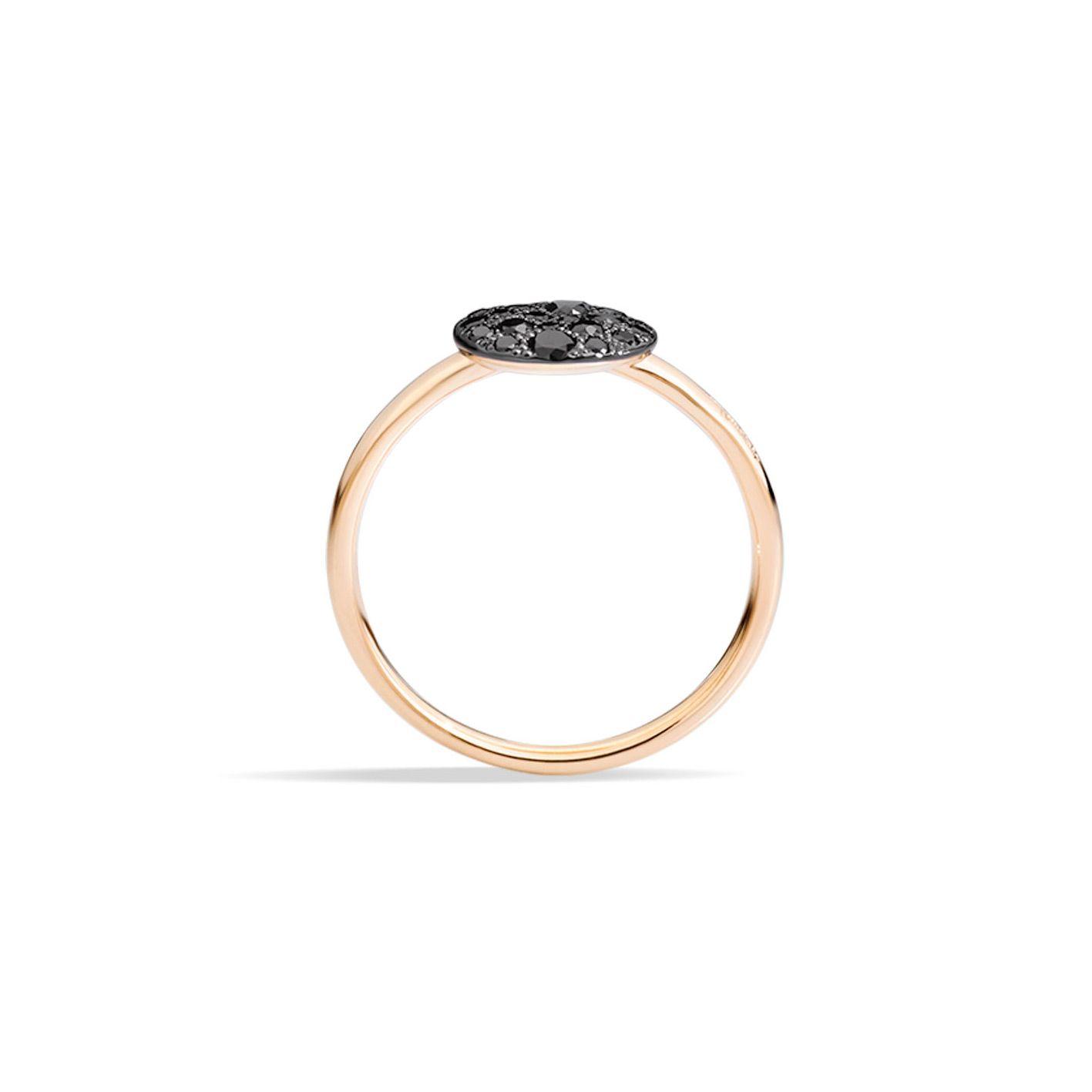 Bague Pomellato Sabbia petit modèle en Or rose et Diamant noir vue 2