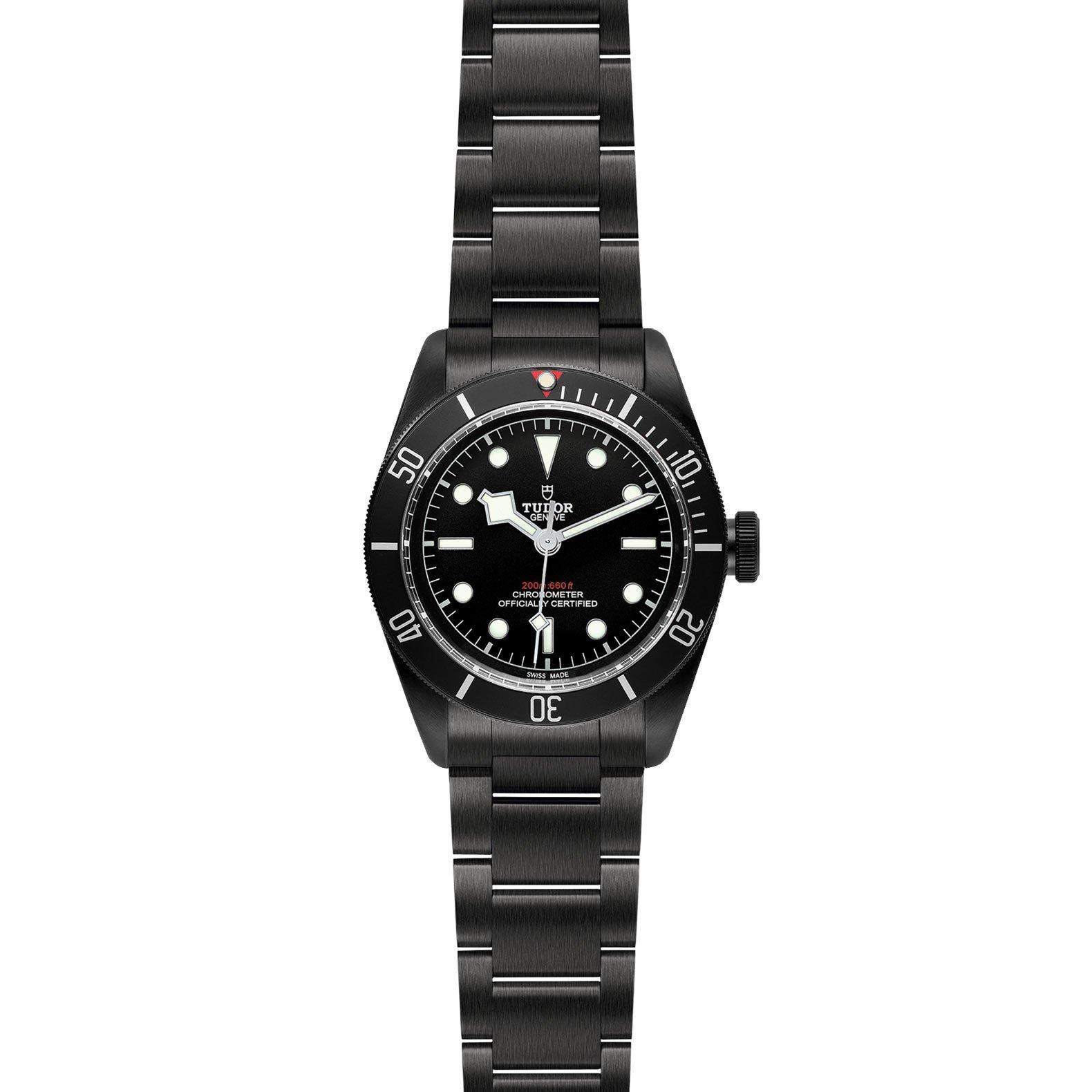 Montre TUDOR Black Bay Dark boîtier en acier traité pvd, 41mm, bracelet en acier vue 2