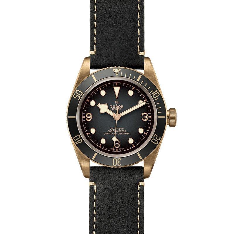 Montre TUDOR Black Bay Bronze boîtier en bronze, 43mm, bracelet en cuir noir vue 2