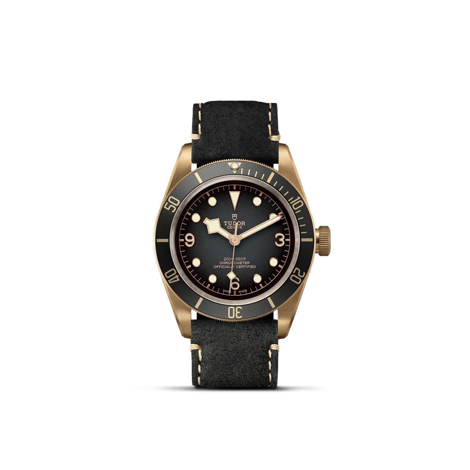 Montre TUDOR Black Bay Bronze boîtier en bronze, 43mm, bracelet en cuir noir vue 1