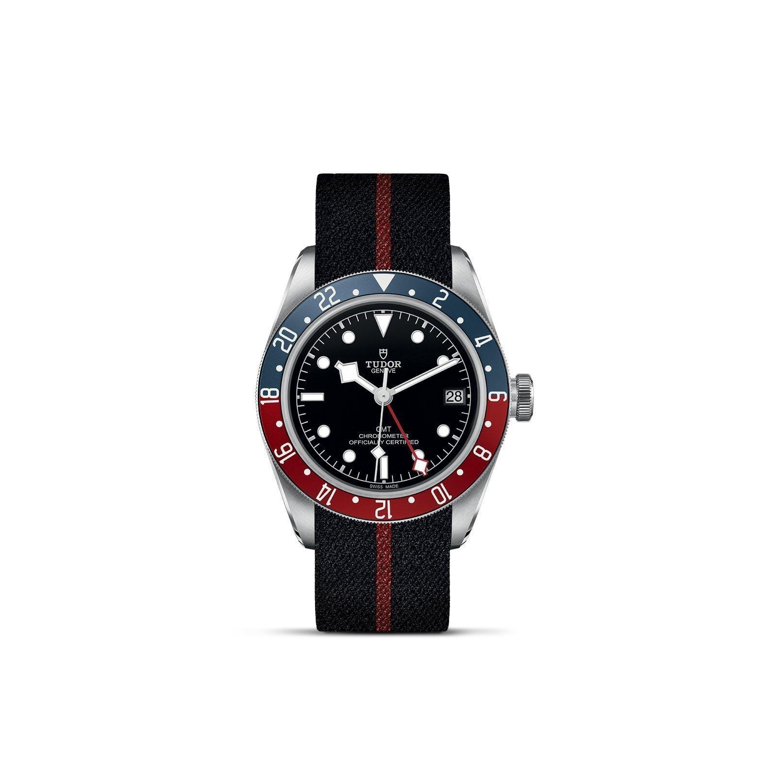 Montre TUDOR Black Bay GMT boîtier en acier, 41mm, bracelet en tissu vue 1