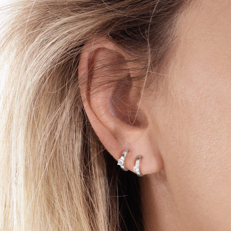 Mono boucle d'oreille créole Vanrycke Officiel en or blanc et 1 diamant, taille XS vue 4